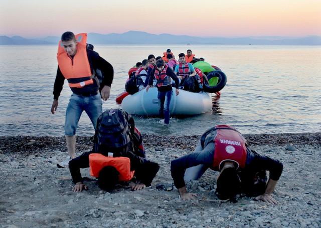 jrs-migrantes-llegan-a-Lesbos